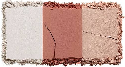 3605972023728_nakedcherry_highlighter_swatch