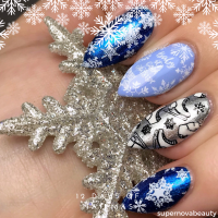 12 Days of Nailmas Day 8 | Baby it's Cold Outside